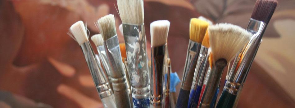 studiophoto1-brushes